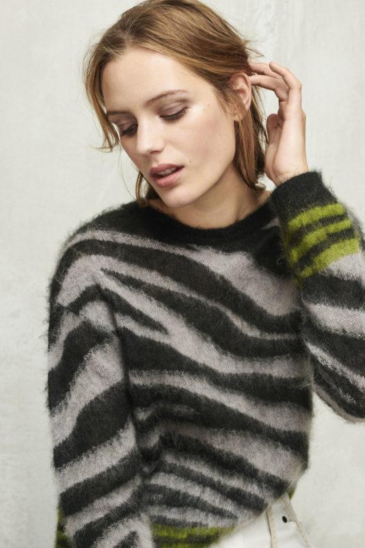 sweter butik luisa cerano zebra