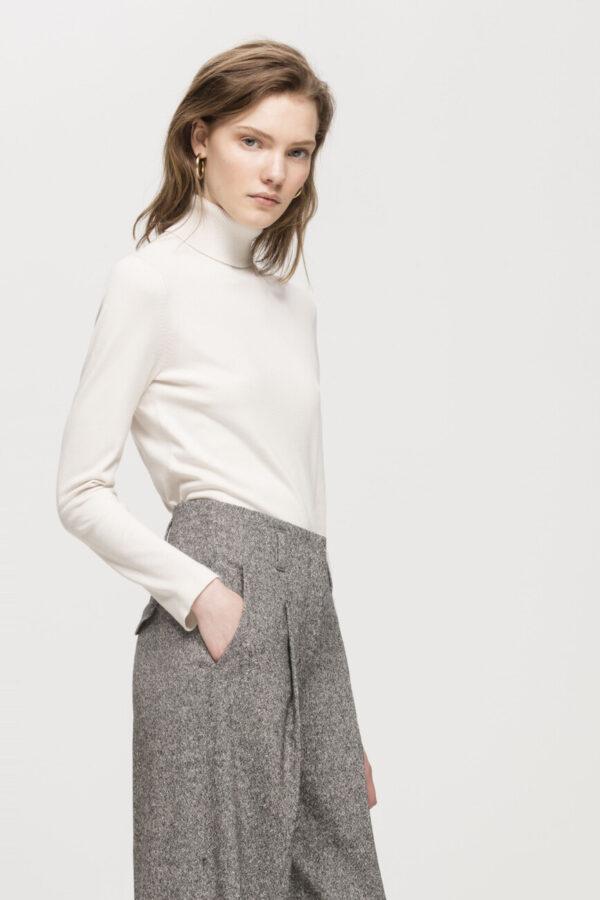 sweter luisa cerano damski kolor ivory z golfem butik luisa bydgoszcz