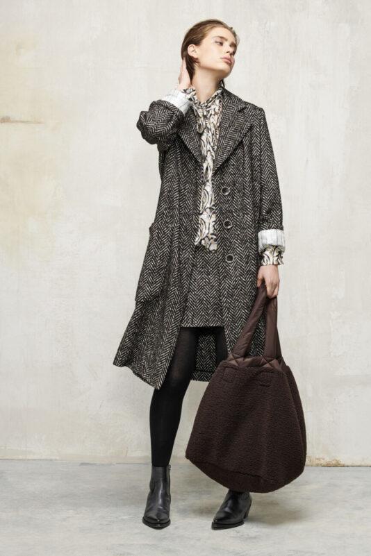 torba damska na zakupy shopper ze sztucznego futra beżowa i brązowa butik luisa bydgoszcz