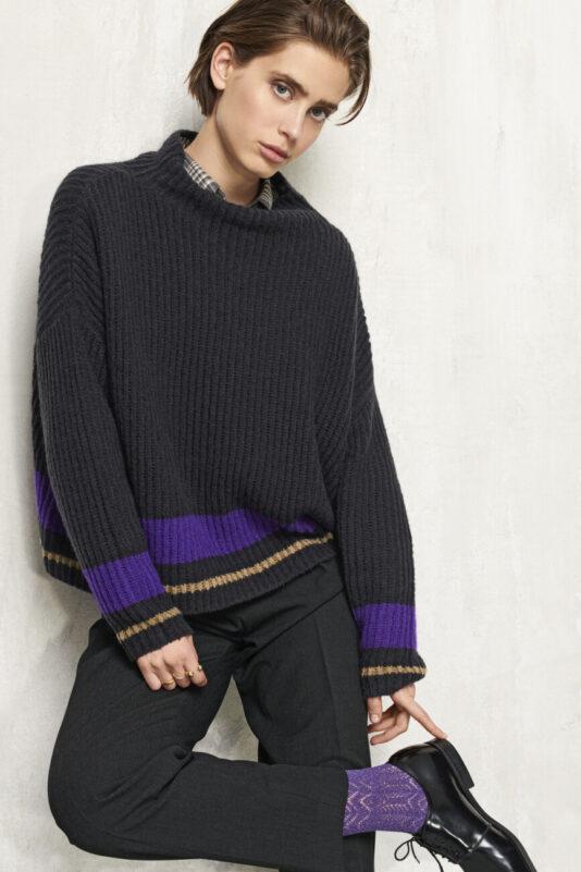 sweter przedza boucle kontrastowe paski damski butik luisa cerano bydgoszcz