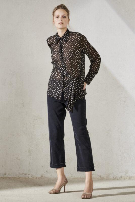 bluzka-luisa-cerano-z krepy damska w kropki modowa wiązana lekka delikatnie przeźroczysta butik luisa bydgoszcz