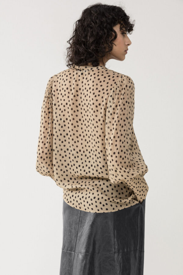 bluzka-luisa-cerano-luzna z krepy miła elegancka damska w kropki butik luisa bydgoszcz